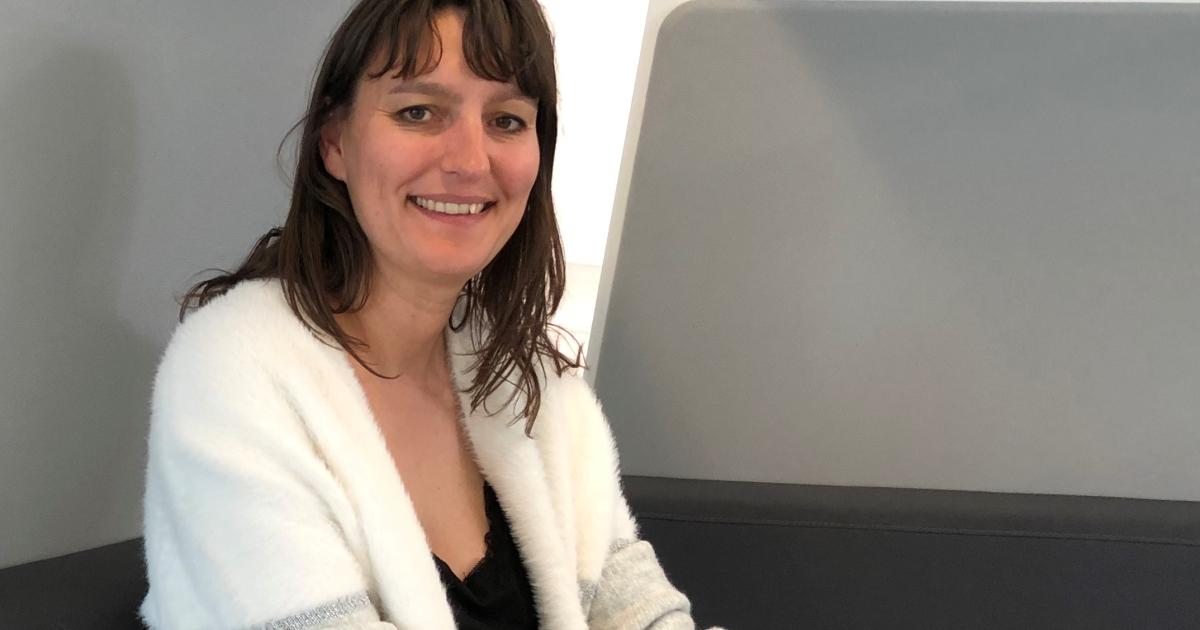 Caroline Félix, L'ouvrière De La Ruche Industrielle