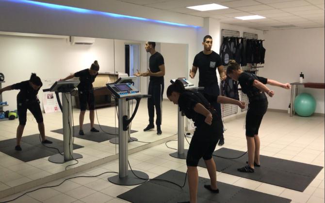myotec ouvre une salle de sport high tech londres le journal des entreprises marseille. Black Bedroom Furniture Sets. Home Design Ideas