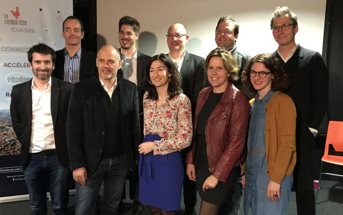 Les neuf entrepreneurs membres du conseil d'administration de la French Tech Toulouse et le directeur délégué (deuxième en haut à gauche).
