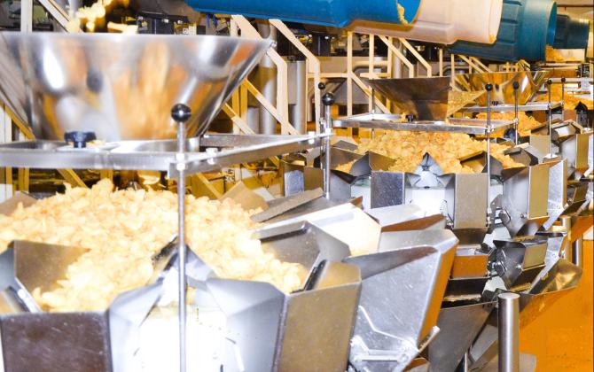 Europe Snacks est le leader français des biscuits apéritifs à marques de distributeurs. Il est basé à Saint-Denis-la-Chevasse, en Vendée.